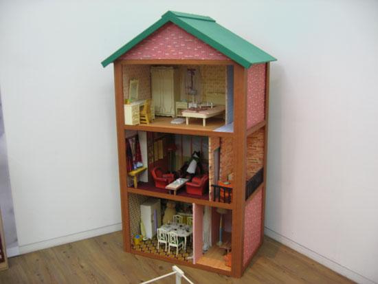 How to Make Barbie Doll House 550 x 413
